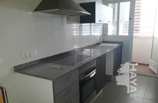 Piso en venta en Piso en L` Olleria, Valencia, 67.000 €, 3 habitaciones, 2 baños, 113 m2