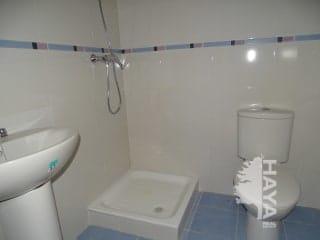 Piso en venta en Piso en Alberite, La Rioja, 75.000 €, 2 habitaciones, 2 baños, 80 m2