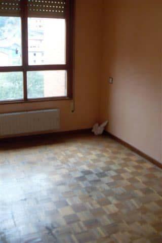 Piso en venta en Piso en Mieres, Asturias, 50.000 €, 3 habitaciones, 1 baño, 97 m2, Garaje