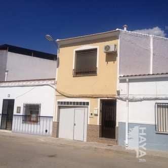Casa en venta en Casa en Tomelloso, Ciudad Real, 66.167 €, 3 habitaciones, 1 baño, 100 m2
