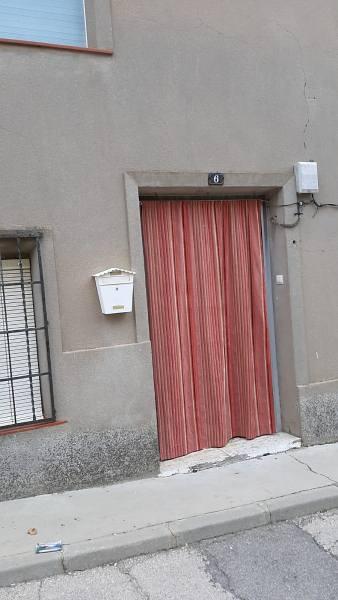 Piso en venta en La Alberca de Záncara, la Alberca de Záncara, Cuenca, Calle Pentagono, 84.000 €, 3 habitaciones, 1 baño, 267 m2