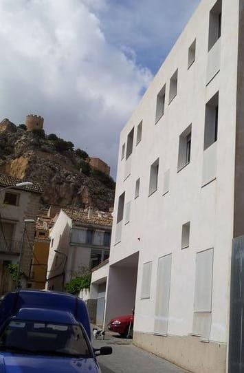 Piso en venta en Castalla, Alicante, Calle Camy Cabanyes 13, 50.000 €, 3 habitaciones, 2 baños, 79 m2