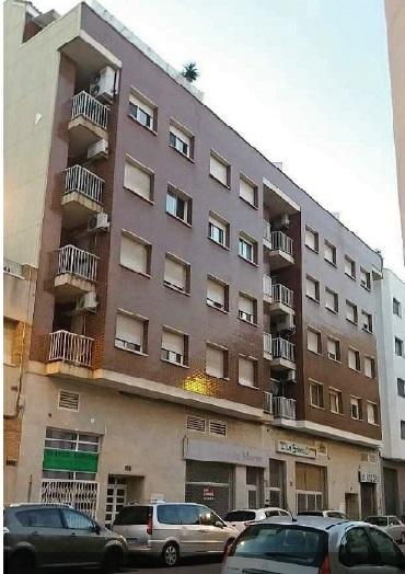Piso en venta en Mas de Miralles, Amposta, Tarragona, Calle Barcelona, 78.500 €, 3 habitaciones, 2 baños, 110 m2