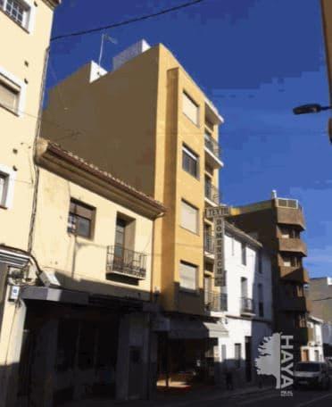 Piso en venta en Tossal - los Bancales, Benissa, Alicante, Avenida Pais Valencia, 87.700 €, 3 habitaciones, 1 baño, 151 m2