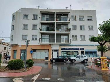 Piso en venta en Piso en la Sénia, Tarragona, 101.500 €, 4 habitaciones, 2 baños, 128 m2