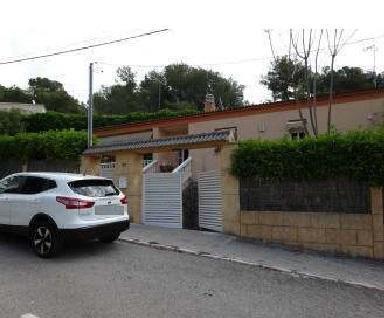 Casa en venta en Masia Sant Antoni, Cunit, Tarragona, Calle Gladiol, 196.900 €, 3 habitaciones, 2 baños, 197 m2