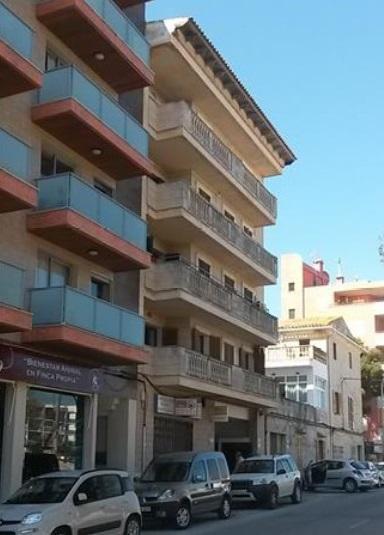 Piso en venta en Alcúdia, Baleares, Calle Teodor Canet, 237.600 €, 4 habitaciones, 2 baños, 123 m2