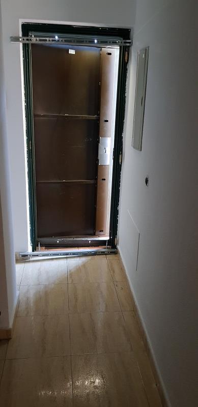 Piso en venta en Piso en Valdemoro, Madrid, 178.000 €, 2 habitaciones, 3 baños, 100 m2, Garaje
