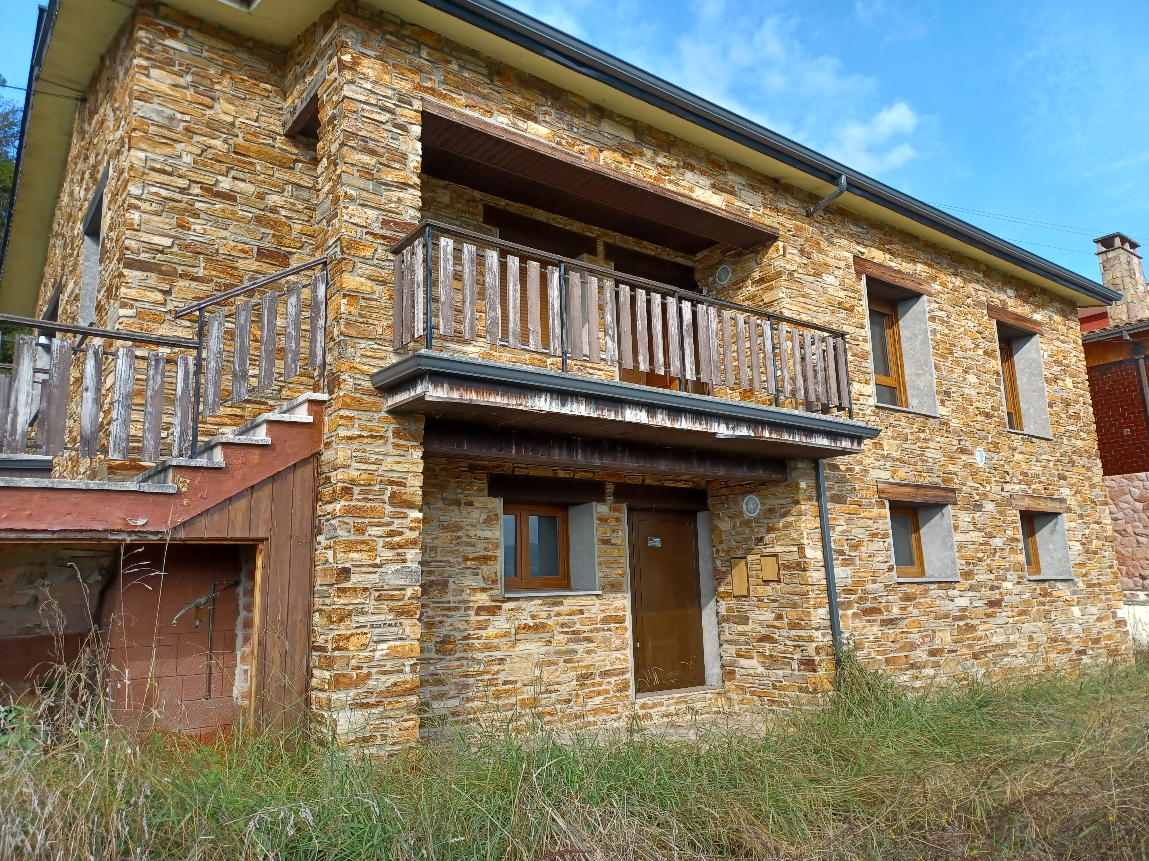 Casa en venta en Siero, Asturias, Calle , 320.000 €, 6 habitaciones, 3 baños, 268 m2