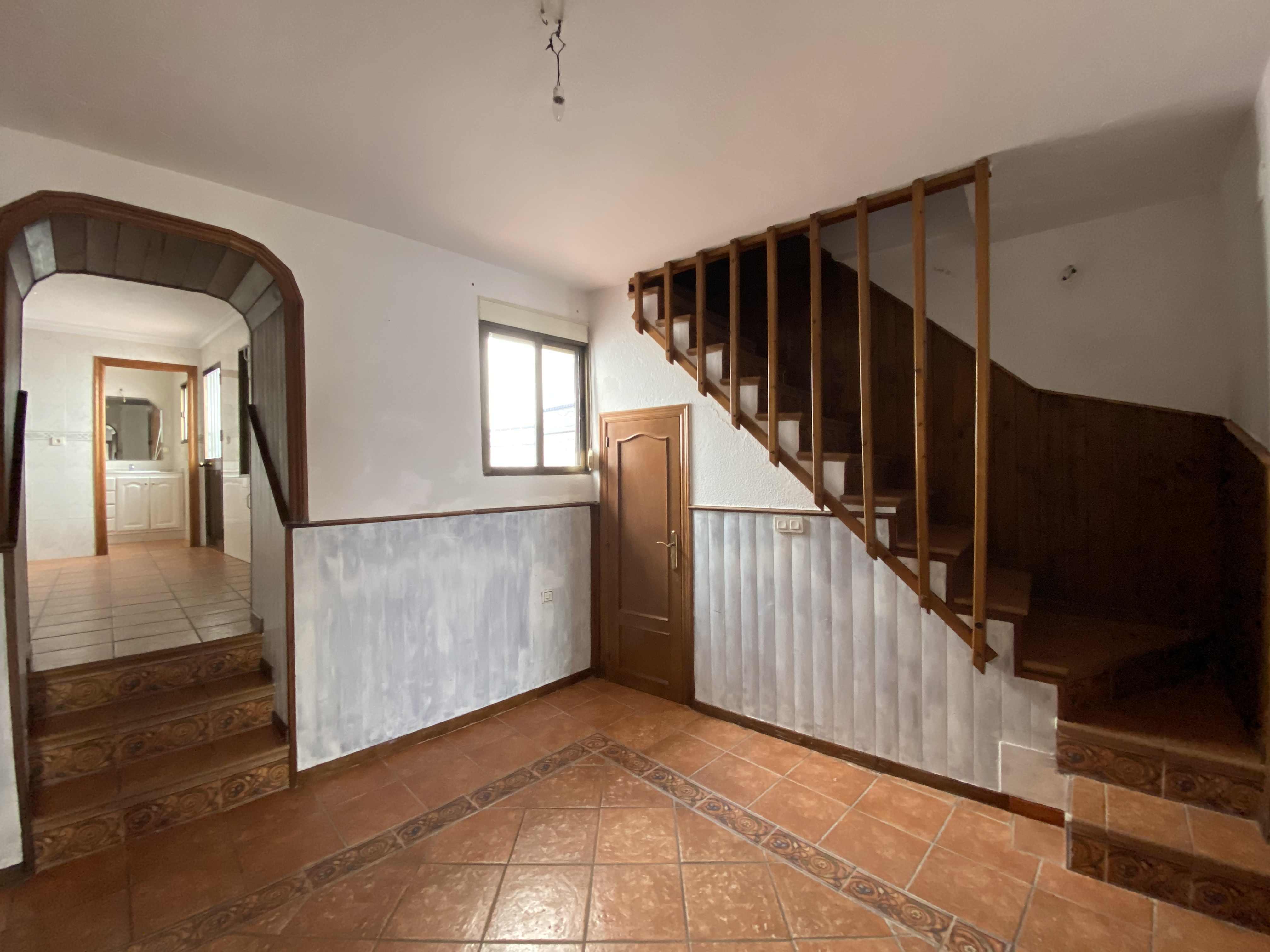 Piso en venta en Ayamonte, Huelva, Calle Marte, 148.000 €, 4 habitaciones, 141 m2