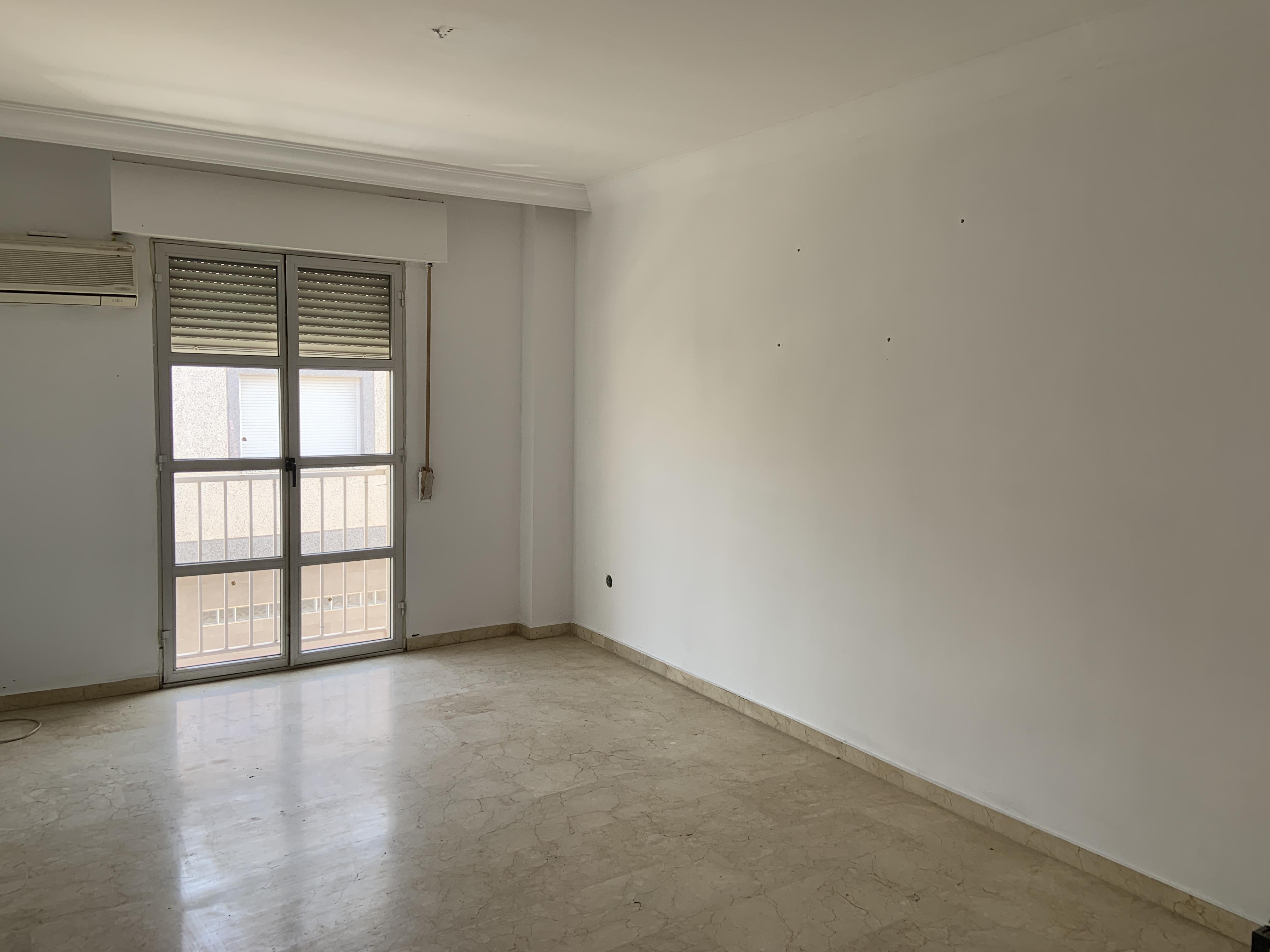 Piso en venta en Piso en Pulianas, Granada, 74.000 €, 2 habitaciones, 1 baño, 79 m2, Garaje