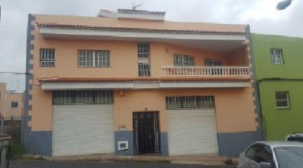 Casa en venta en Suroeste, Santa Cruz de Tenerife, Santa Cruz de Tenerife, Calle El Cercado, 290.000 €, 2 habitaciones, 1 baño, 437 m2