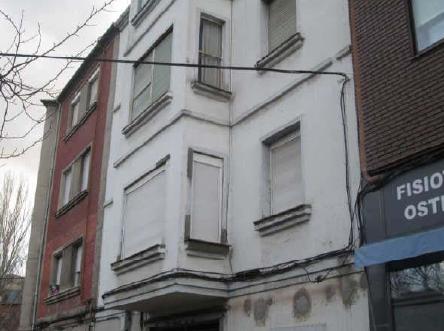 Piso en venta en Compostilla, Ponferrada, León, Calle Via Pico Tuerto, 36.100 €, 3 habitaciones, 1 baño, 100 m2