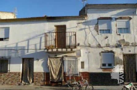 Casa en venta en Fuente Vaqueros, Fuente Vaqueros, Granada, Calle Ronda del Cuarto, 31.000 €, 78 m2