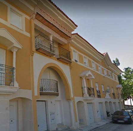 Piso en venta en Piso en Villatobas, Toledo, 78.000 €, 179 m2