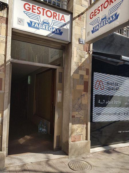 Piso en venta en Igualada, Barcelona, Rambla San Isidro, 118.500 €, 3 habitaciones, 2 baños, 107,92 m2