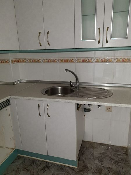 Piso en venta en Piso en Roquetas de Mar, Almería, 75.000 €, 2 habitaciones, 1 baño, 67 m2