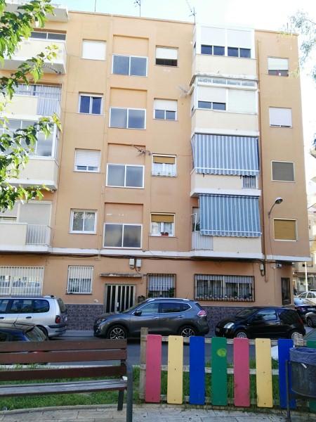 Piso en venta en Novelda, Novelda, Alicante, Avenida de la Constitución, 29.000 €, 3 habitaciones, 1 baño, 84 m2