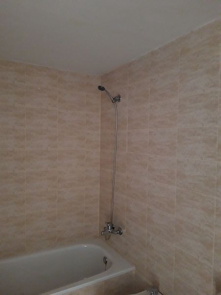 Piso en venta en Piso en Granada, Granada, 59.000 €, 2 habitaciones, 2 baños, 89,23 m2