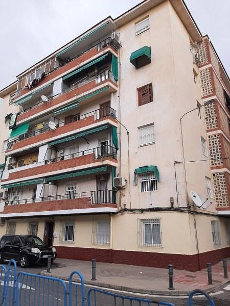 Piso en venta en Los Ángeles, Alicante/alacant, Alicante, Calle  Filosofo Ortega Y Gasset, 44.000 €, 3 habitaciones, 1 baño, 89 m2