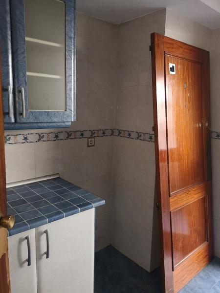 Piso en venta en Piso en Torrejón de Ardoz, Madrid, 185.000 €, 4 habitaciones, 2 baños, 119 m2
