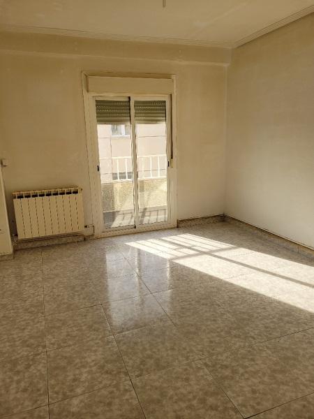 Piso en venta en Piso en Zaragoza, Zaragoza, 65.000 €, 2 habitaciones, 1 baño, 66 m2