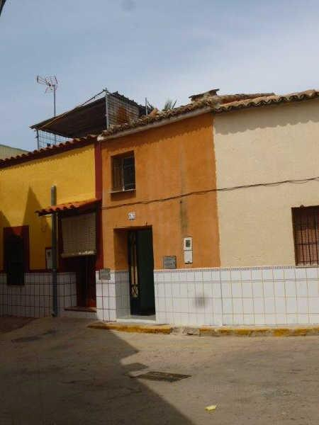 Casa en venta en Casa en Alberic, Valencia, 36.000 €, 3 habitaciones, 1 baño, 92 m2
