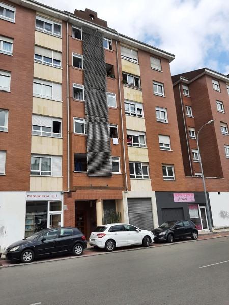 Piso en venta en La Corredoria Y Ventanielles, Oviedo, Asturias, Calle Daniel Moyano, 145.000 €, 3 habitaciones, 2 baños, 102 m2