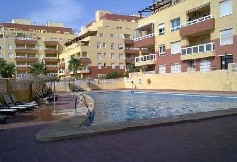Local en venta en Local en Roquetas de Mar, Almería, 118.800 €, 201 m2