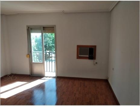 Piso en venta en Arganzuela, la Carolina, Jaén, Plaza Estación, 53.000 €, 3 habitaciones, 1 baño, 108 m2
