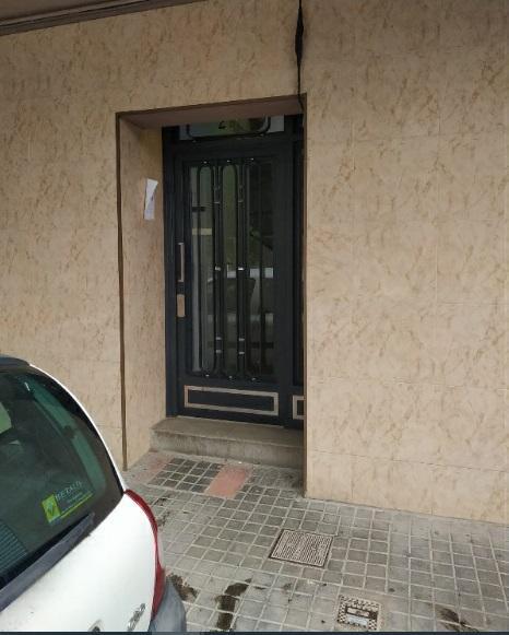 Piso en venta en Sant Antoni de Llefià, Badalona, Barcelona, Calle Escorial, 84.400 €, 2 habitaciones, 2 baños, 35 m2