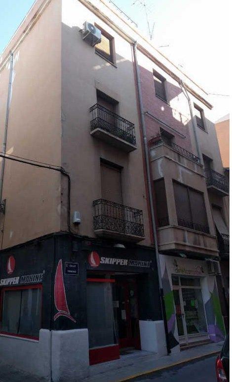 Local en venta en Local en Villena, Alicante, 77.300 €, 158 m2