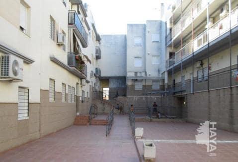 Piso en venta en Villamartín, Cádiz, Calle Azahar, 72.100 €, 3 habitaciones, 1 baño, 120 m2