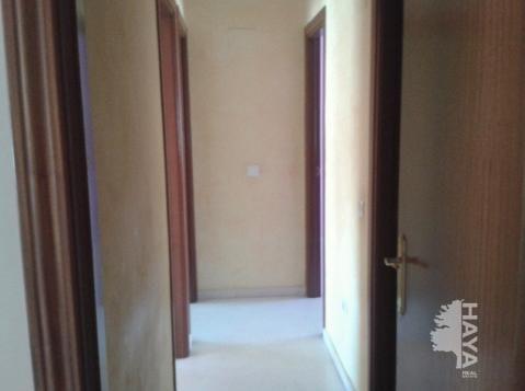 Piso en venta en Punta Carnero, Algeciras, Cádiz, Paseo Victoria Eugenia, 63.000 €, 3 habitaciones, 1 baño, 72 m2