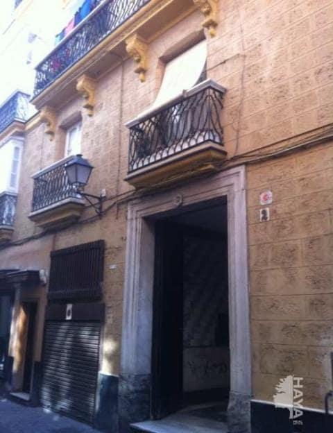 Piso en venta en Cádiz, Cádiz, Calle San Pedro, 128.000 €, 2 habitaciones, 1 baño, 83 m2