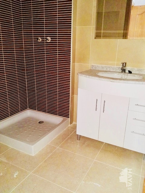 Piso en venta en Piso en Pilar de la Horadada, Alicante, 96.000 €, 3 habitaciones, 1 baño, 102 m2, Garaje