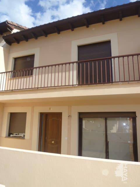 Casa en venta en La Adrada, Ávila, Calle Machacalinos, 119.000 €, 3 habitaciones, 2 baños, 173 m2
