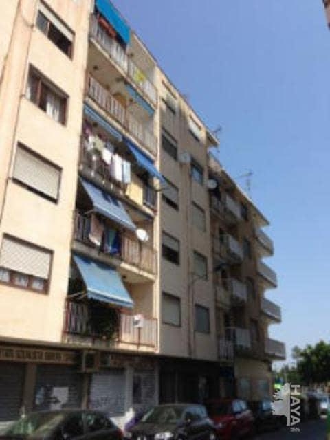 Piso en venta en Finestrat, la Villajoyosa/vila, Alicante, Calle Ciutat de Castello, 50.200 €, 3 habitaciones, 1 baño, 83 m2