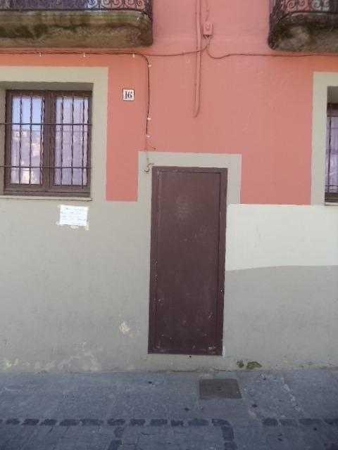 Piso en venta en Piso en Olot, Girona, 101.800 €, 3 habitaciones, 1 baño, 87 m2