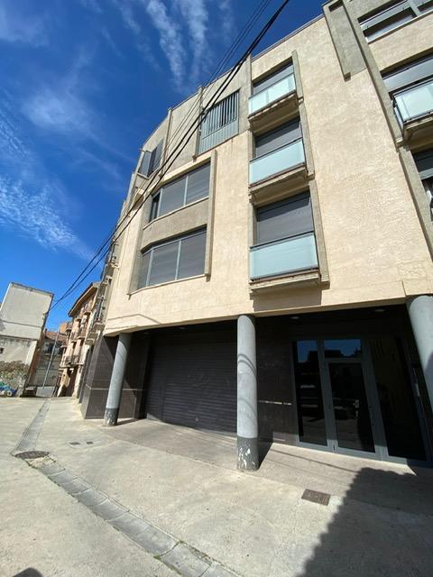 Piso en venta en Centre Històric, Lleida, Lleida, Calle Obradors, 67.600 €, 2 habitaciones, 2 baños, 73 m2