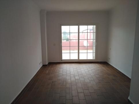 Casa en venta en San Roque, Cádiz, Urbanización Sotogrande, 313.000 €, 3 habitaciones, 3 baños, 275 m2