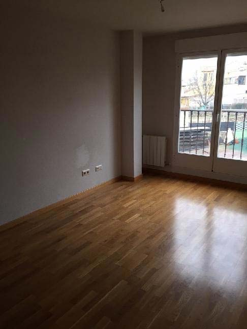Local en venta en Local en Palazuelos de Eresma, Segovia, 82.000 €, 133 m2