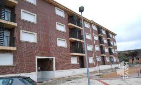 Piso en venta en Piso en Agoncillo, La Rioja, 76.000 €, 2 habitaciones, 1 baño, 81 m2