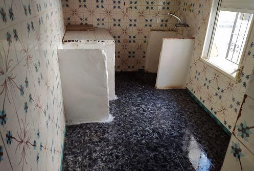 Piso en venta en Piso en Cartagena, Murcia, 49.000 €, 4 habitaciones, 2 baños, 120 m2