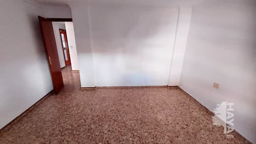 Piso en venta en Piso en Sagunto/sagunt, Valencia, 59.700 €, 3 habitaciones, 1 baño, 115 m2