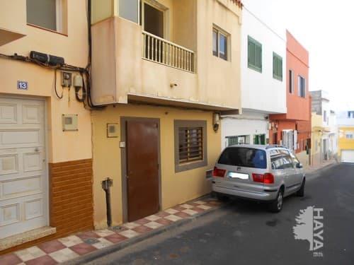 Piso en venta en Laja Blanca, Arico, Santa Cruz de Tenerife, Calle Cedro (la Jaca), 81.100 €, 2 habitaciones, 1 baño, 55 m2