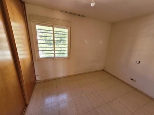 Casa en venta en Galápagos, Galápagos, Guadalajara, Calle Antonia de Blas de Quer, 85.000 €, 4 habitaciones, 3 baños, 160 m2