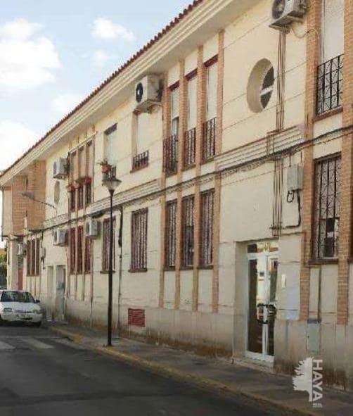 Piso en venta en Miguelturra, Ciudad Real, Calle Lagunas de Ruidera, 56.000 €, 3 habitaciones, 1 baño, 81 m2