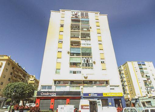 Local en venta en Local en Marbella, Málaga, 230.000 €, 166 m2