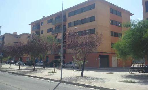 Piso en venta en Tortosa, Tarragona, Avenida Barcelona (bloque Tirant Lo Blanc Ii), 89.000 €, 4 habitaciones, 2 baños, 100 m2